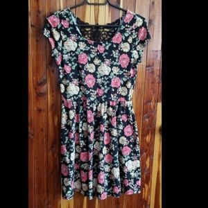 Forever 21 cute floral summer dress